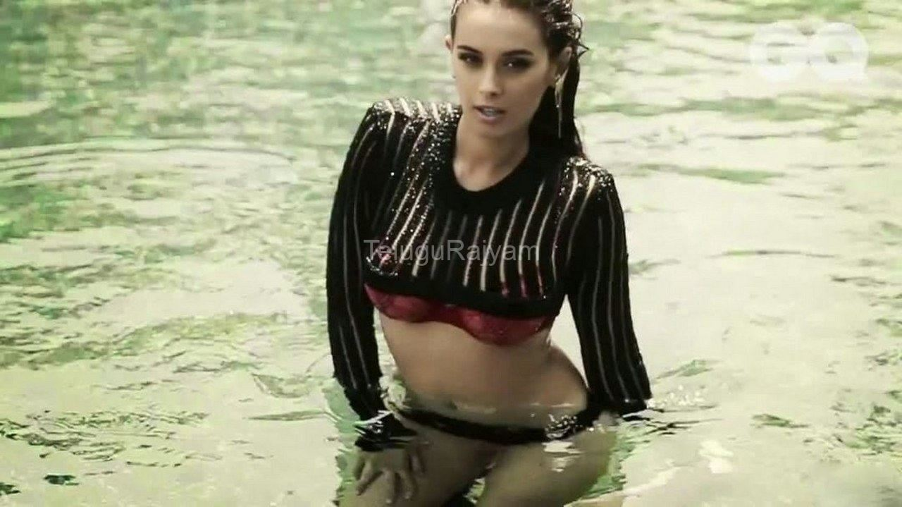 Evelyn-Sharma-1