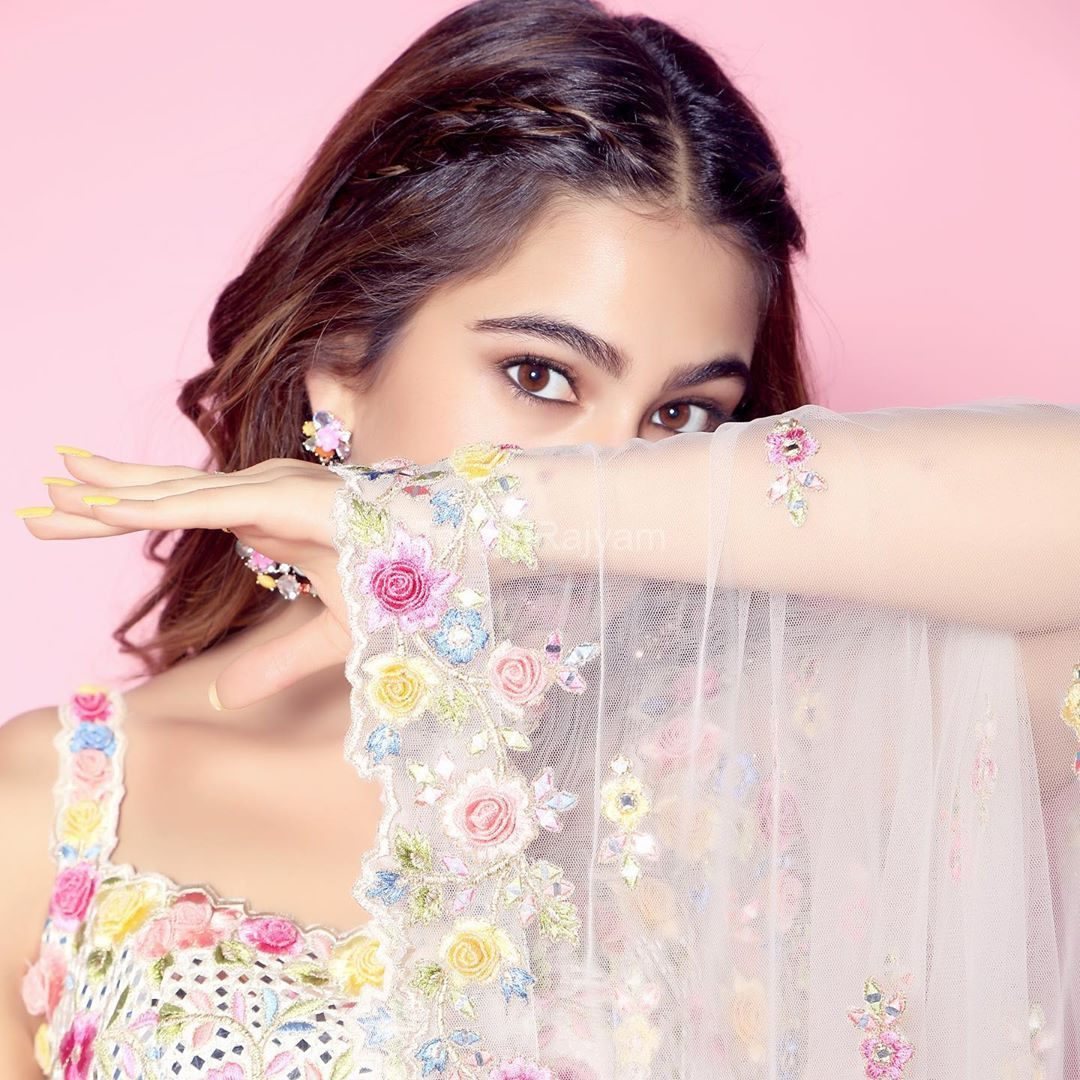 Sara-Ali-Khan-Photos-1