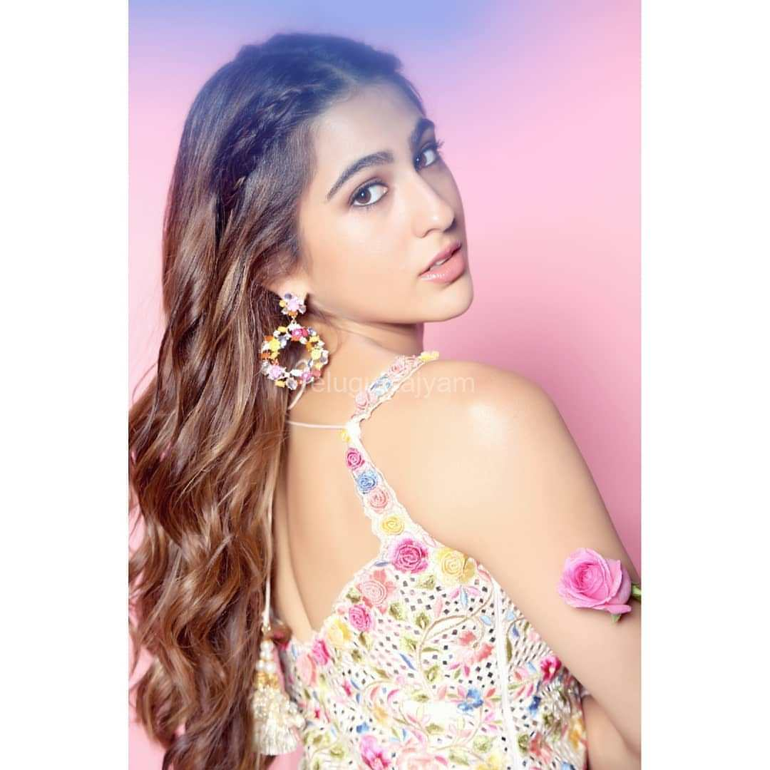 Sara-Ali-Khan-Photos-9